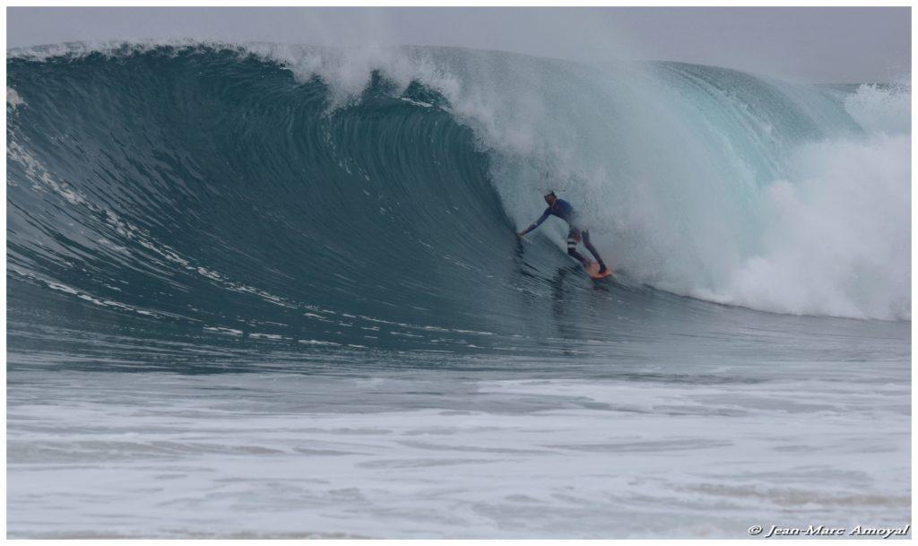 Photographe : Jean Marc Amoyal - surfeur : Arnaud Darrigade